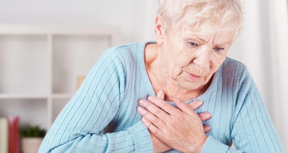 Болезнь сердца - причина отеков у пожилых