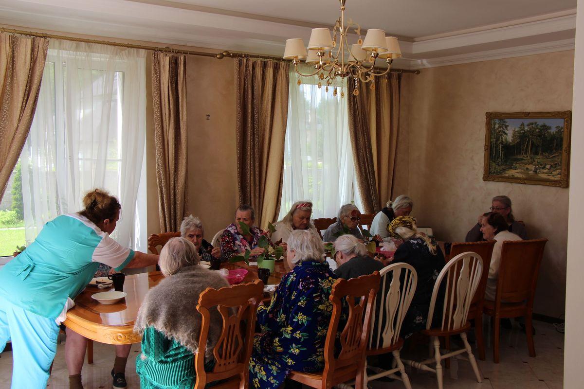 Дом для престарелых дубрава посещение дома престарелых инвалидов